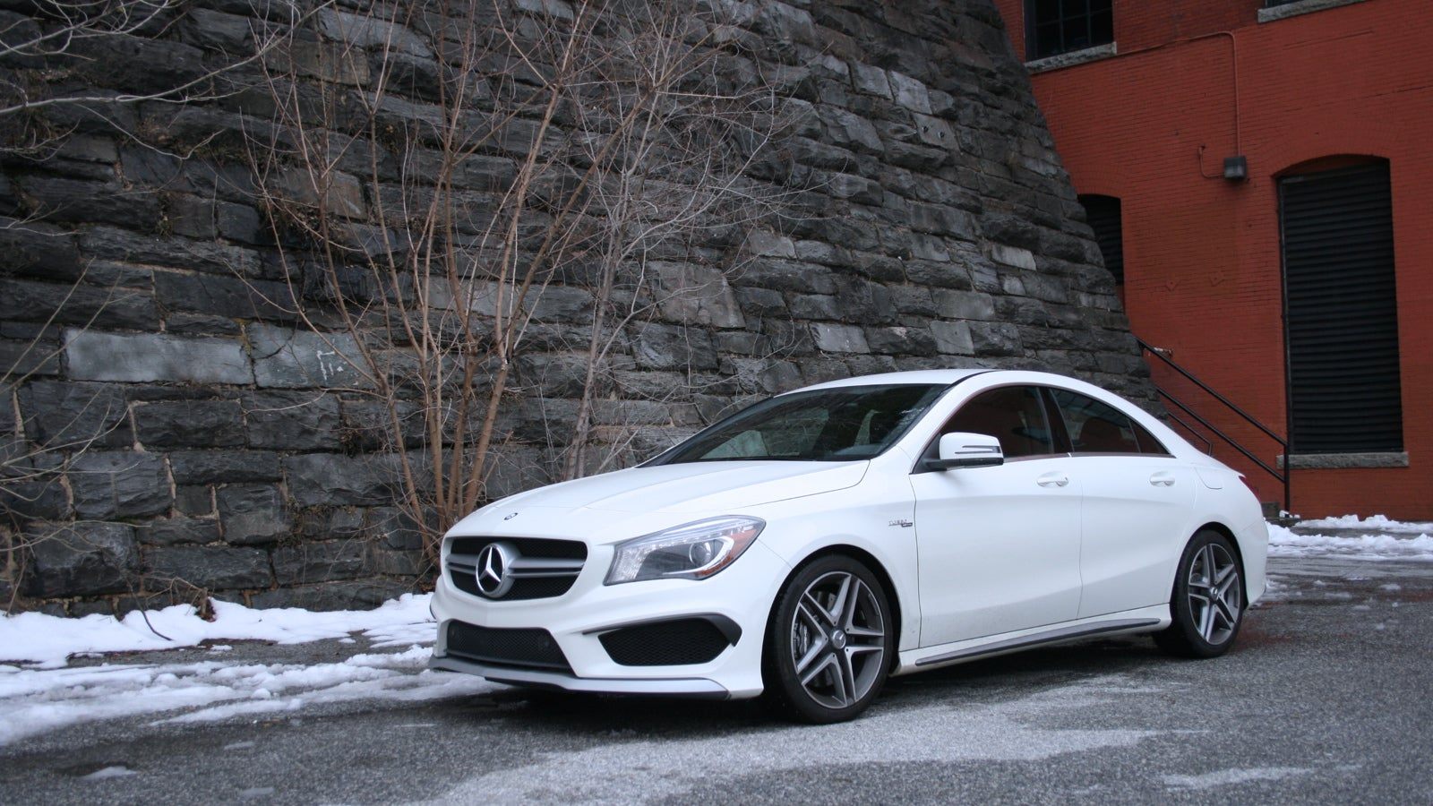 2014 mercedes benz cla45 amg the jalopnik review for Mercedes benz c45 amg