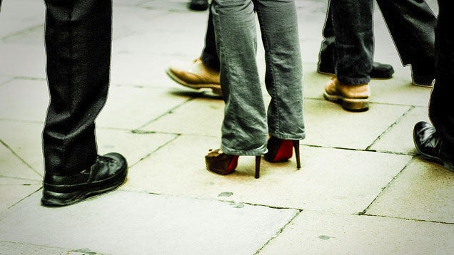 Make High Heels More Comfortable By Shifting Your Weight