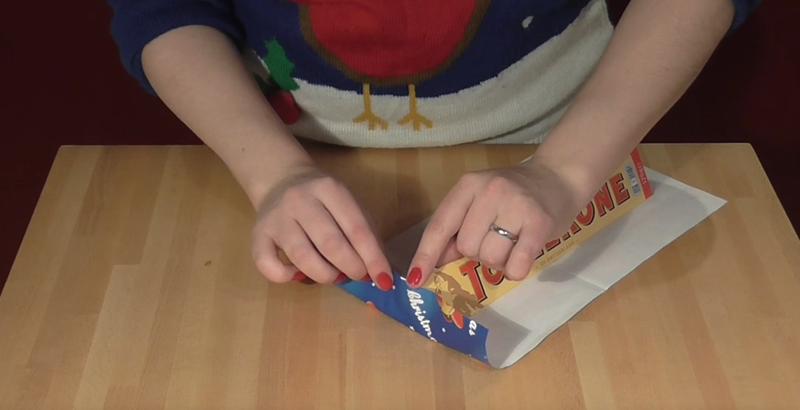 Cómo envolver un regalo de la forma óptima según las matemáticas