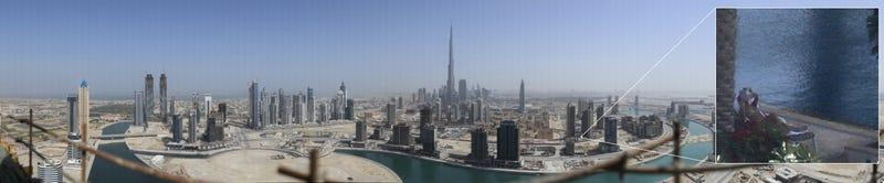 World's Largest Panorama Shows Dubai Down to Girl in Bikini