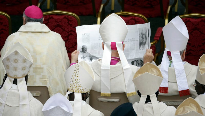 Pair of Plain Popes Now Saint Popes, Present Pope Pledges