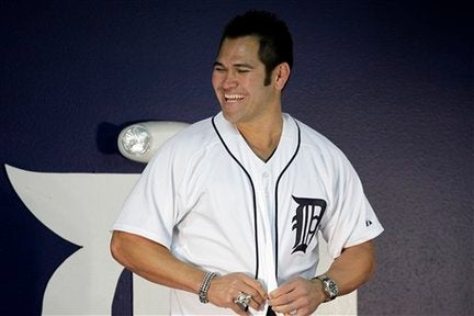 Johnny Damon Puts A Ring On It