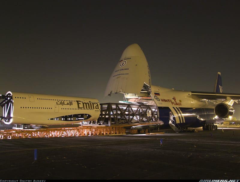 Biggest Airplane Model in the World Eaten by Biggest Cargo Aircraft