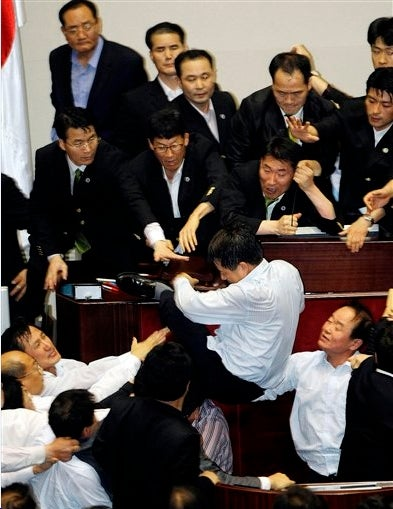 Korean Politicos in Media Law Riot!