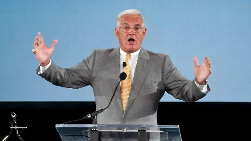 Don't Show Bob Lutz Your Girlfriend's Front Fascia, Chinese Auto Sales, And A Jaguar Mini-Fighter