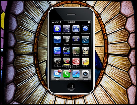 The 25 Best iPhone Apps For Outdoor Adventurers