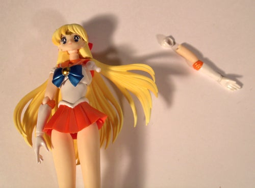 The Empress Reviews: Sailor Venus S.H. Figuarts from Bandai