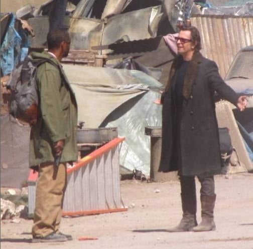 Gary Oldman Gives Great Villain On Set Of Denzel's Book Of Eli