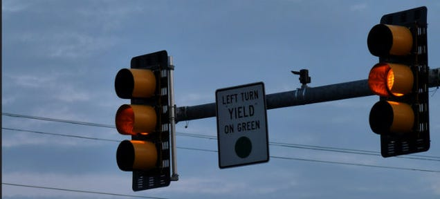 How Long a Yellow Light Should Be