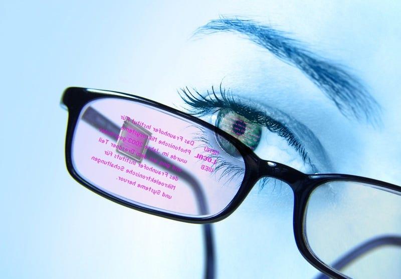 Eyeglass-Mounted Display Tracks Eye Movements To Manipulate Data