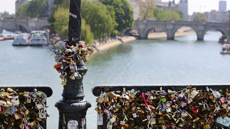 "Paris Bridge Partially Collapses Under Weight of ""Love Locks"""