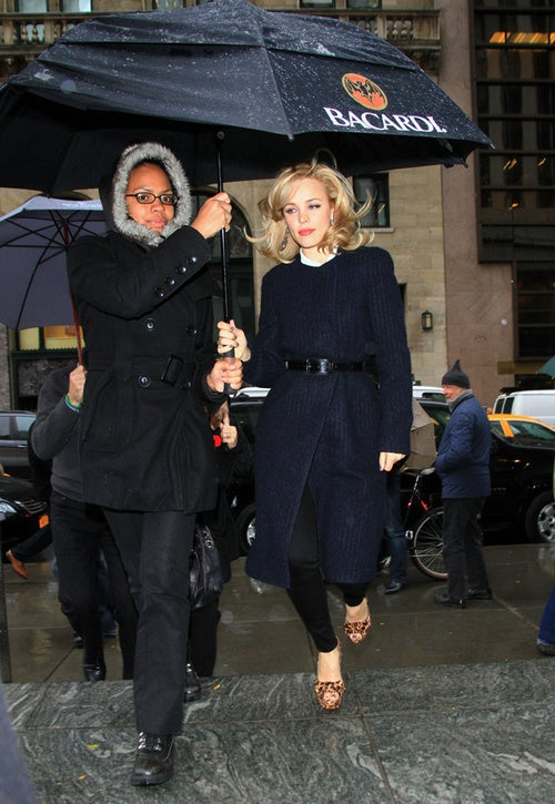 Despite The Rain, Rachel McAdams' Hair Is Bouncin' & Behavin'