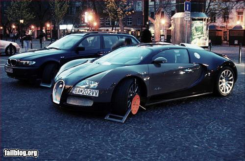 Bugatti Veyron Parking FAIL