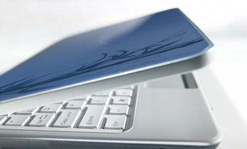 Hercules eCAFÉ Netbook Comes From Nowhere with Windows 7, 250GB Hard Disk