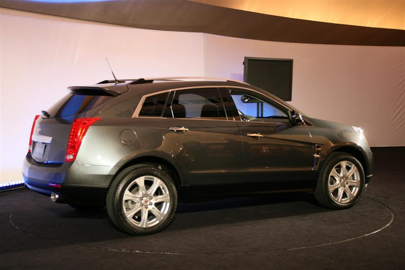 2010 Cadillac SRX: When Luxury Crossover Meets Midsize SUV