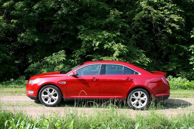 2010 Ford Taurus SHO: First Drive