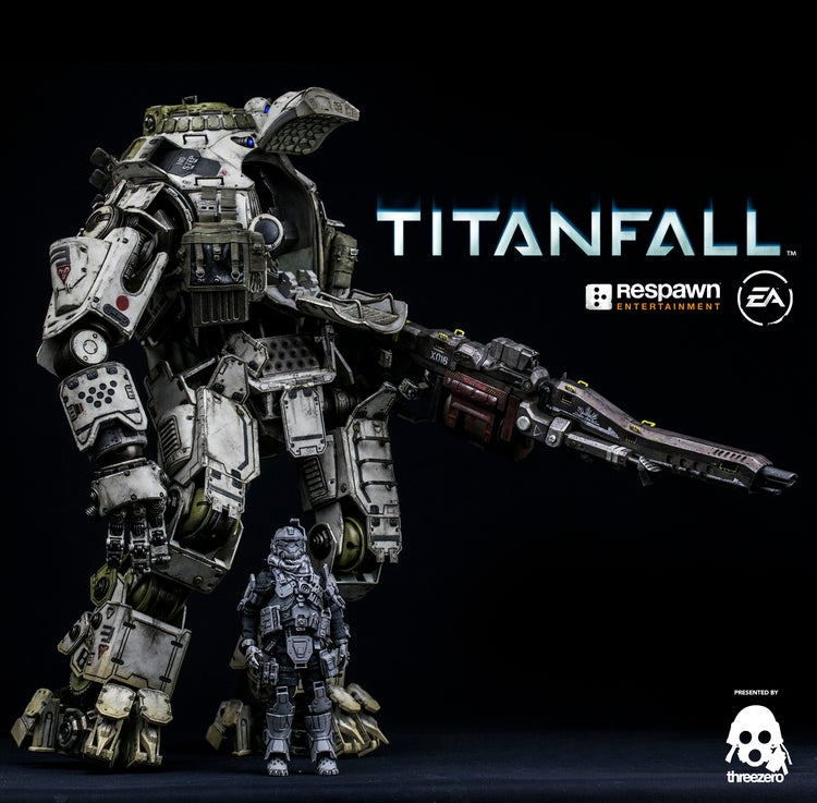 Painted Prototype of Threezero's Titanfall Titan And Pilot