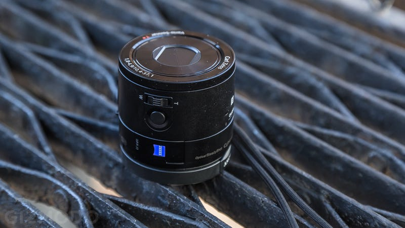 Sony QX100 Review: Glorious Photos, Painful Package