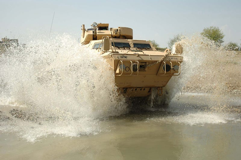 The M1117 Guardian: When A Hummer Makes Love To A Tank