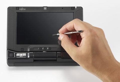 Hands On With Fujitsu's $999 LifeBook U810 UMPC