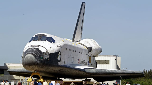 Two Lucky iPhones Will Be Guests On The Last Space Shuttle Mission