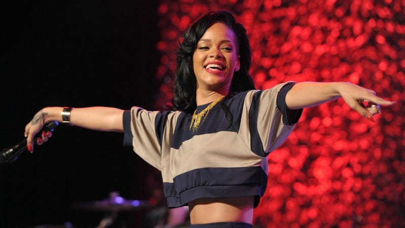 Rihanna Goes Out Partying For A Change, Smashes Glass Table