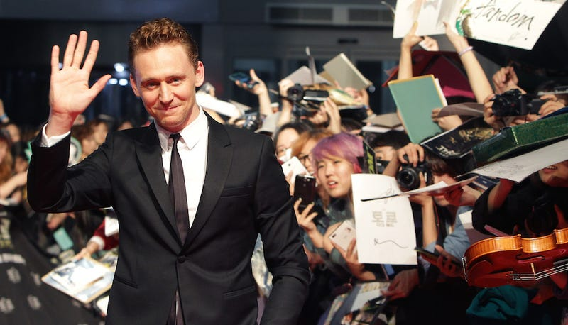 ​Tom Hiddleston to Sing and Be Beautiful in Hank Williams Biopic
