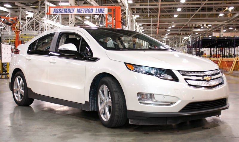 GM Recycles Gulf Oil Booms Into Chevy Volt Parts