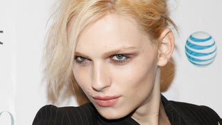 Androgynous Fashion Model Andreja Pejic Comes Out as Trans Woman