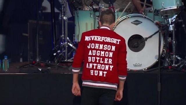 Killers Lead Singer Wears Sweet UNLV-Themed Jacket