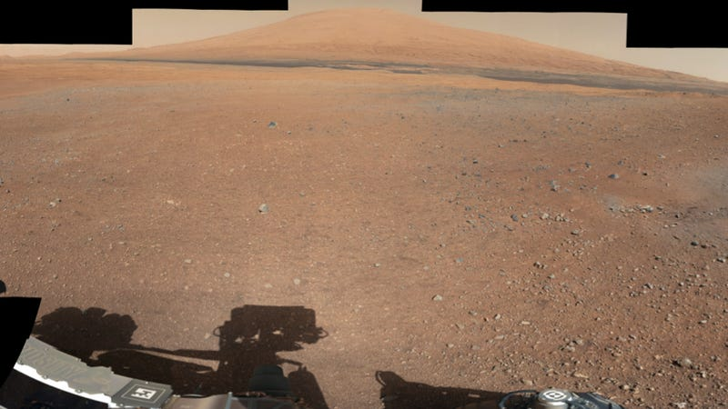 Feast your eyes on Curiosity's latest photos of Mars, including new telephoto views of Mt. Sharp!