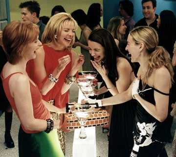 """Revisiting Sex & The City: In Which """"We"""" Read The Column Aloud To A """"Friend"""""""