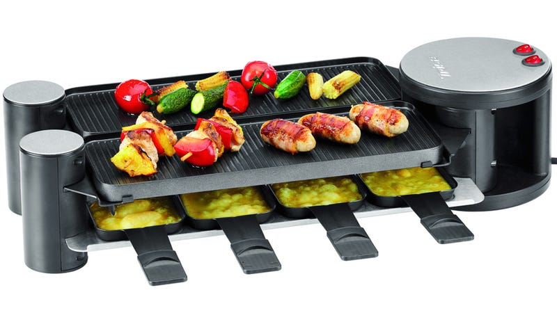 Compact Folding Grill Transforms Into a Spacious Buffet Of Piping Hot Goodness