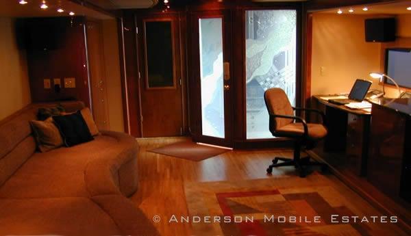 "Inside Ashton Kutcher's $9,000-a-week ""Two and a Half Men"" mega-trailer"