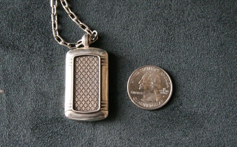 Lightning Review: Olinari Silver USB Dog Tags