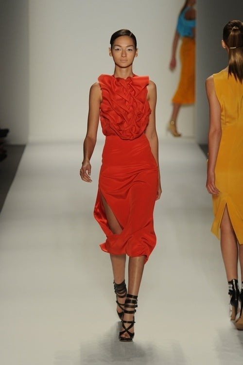 Prabal Gurung Delivers Tasteful Dresses For Classy Ladies