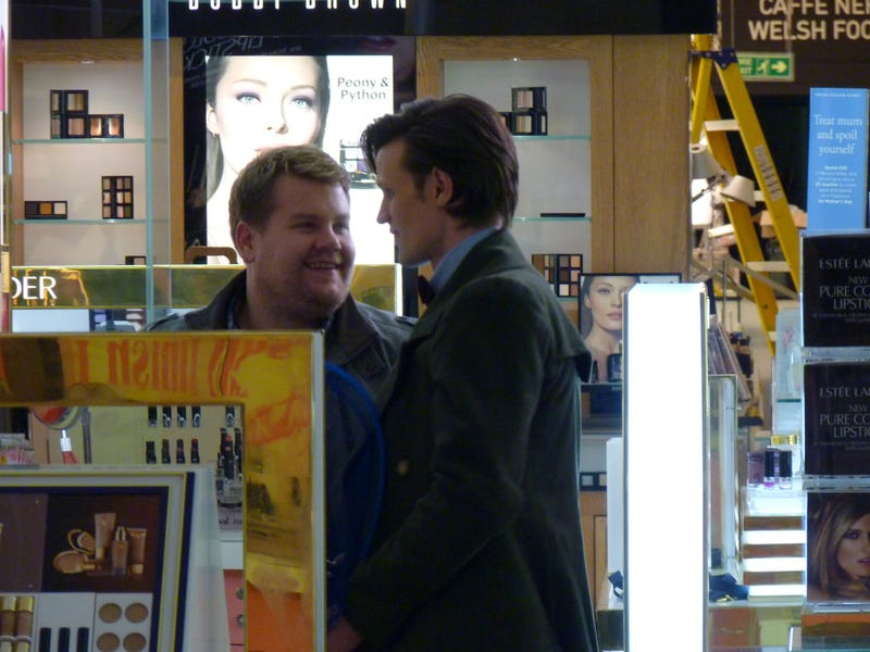 The paparazzi pics of Matt Smith's secret tryst in a beauty store with a Cybermat