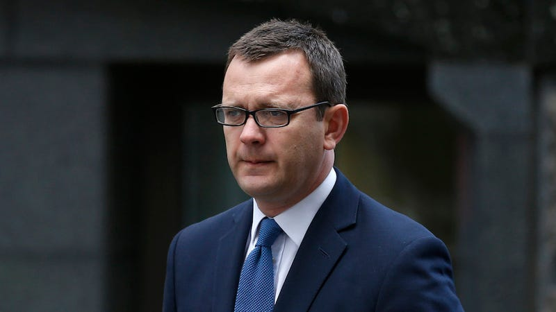 Former News Corp Editor Andy Coulson to Be Retried for Bribery