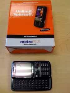 Samsung R450 Messager Phone Has Sidekick-Like Keypad, Awkward Neologism