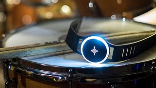This Wristband's Tactile Vibrations Let Musicians Silently Feel the Beat