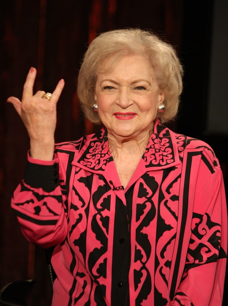 We Fully Support the Betty White Resurgence Movement