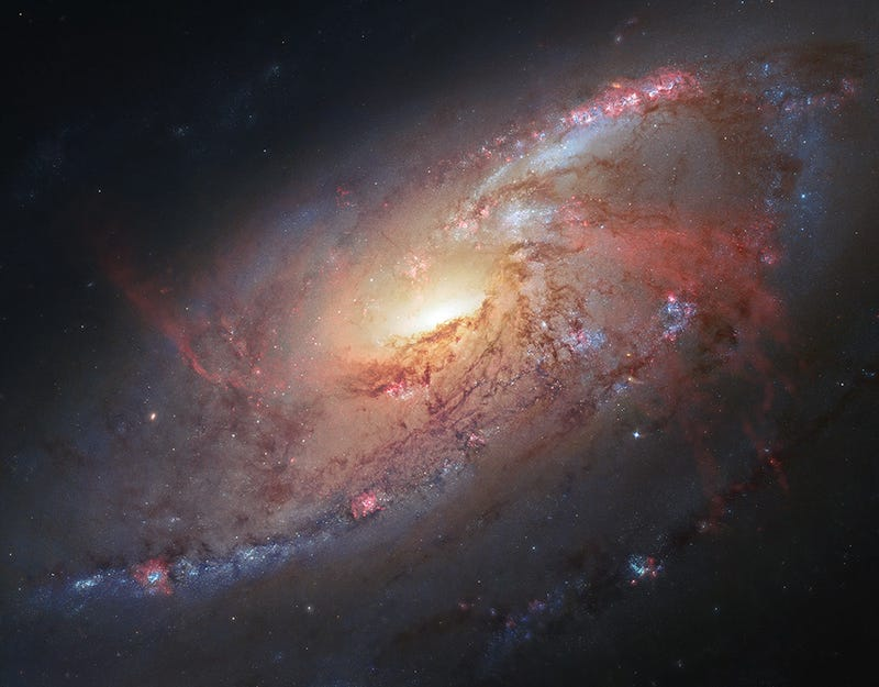 Amateur uses the Hubble Space Telescope to produce the most beautiful galaxy photograph ever