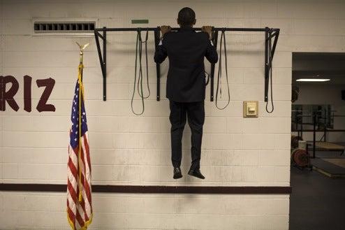 Barack Obama Can Do Three Whole Pull-Ups
