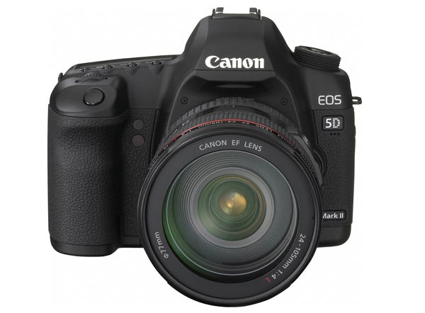 Canon 5D Mark II Reviewed: Lives Up to the Incredible Hype