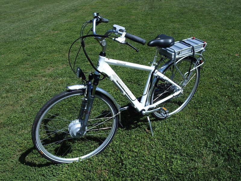 Schwinn Tailwind Electric Bicycle Lightning Review