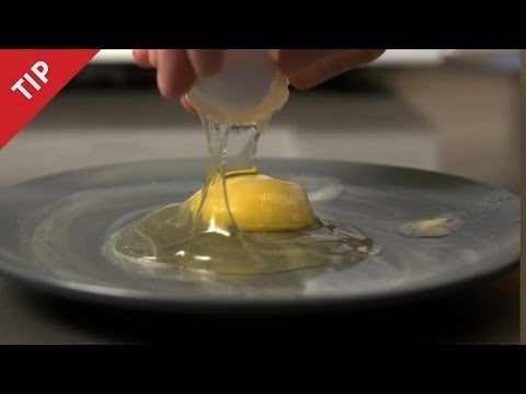 how to cook sunny side up eggs with water