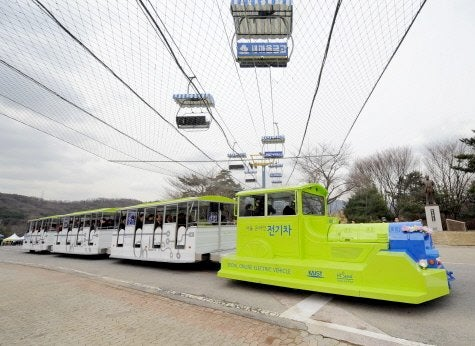 "South Korea Testing ""Recharging Roads"" For Its Public Transport"
