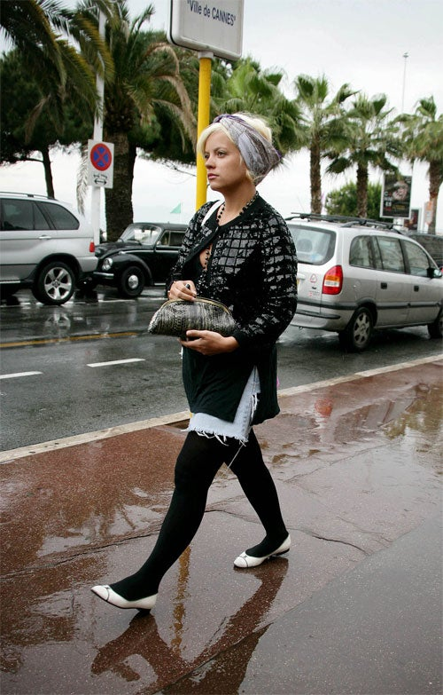 Lily Allen Does Not Seem To See The Silver Lining In Cannes Clouds