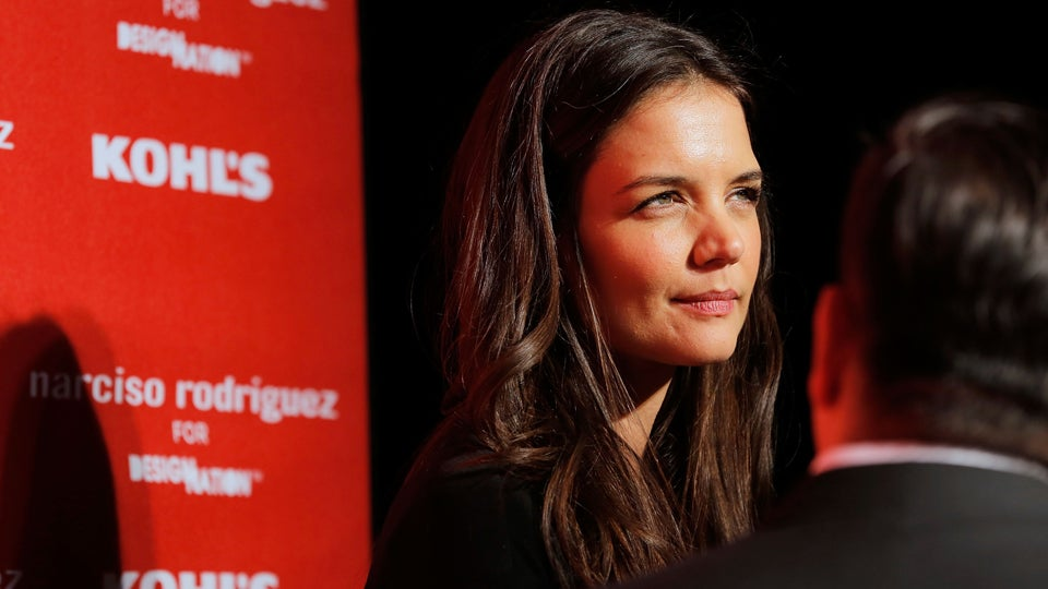 "Katie Holmes Iced Some Bitches Out for Wearing ""Free Katie"" and ""Save Suri"" T-shirts for Halloween"