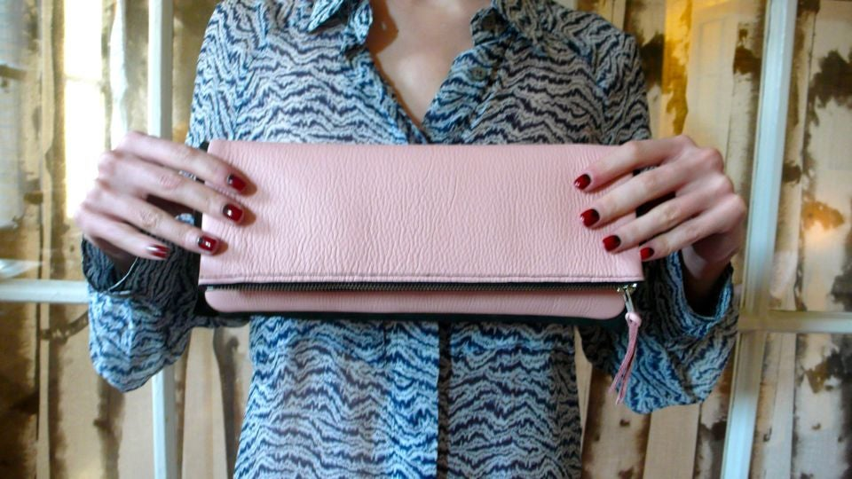 This Awesome Purse Is Incredibly Easy To Make (Here's How!)